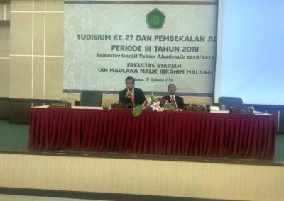Memberikan pembekalan Yudisium Fakultas sariah UIN maulana Malik Ibrahim Malang